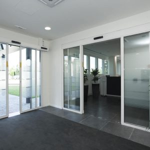 SKR35 Anti-vandalism sliding door - 105573