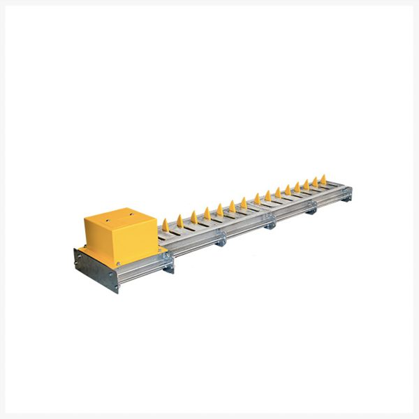 Centurion-CLAWS--High-Security-Roadway-Spikes