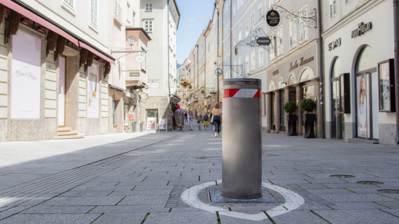 Here is Everything You Need to Know About Bollards: Types, Applications, Materials  And Operation