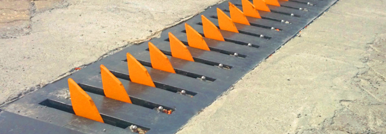 manual-&-automatic-road-trap